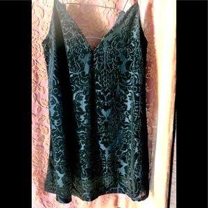 🌸🌺Adorable Mini Velvet chemise / dress / top !